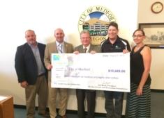 Foundation Awards $15,689 for Youth Scholarships